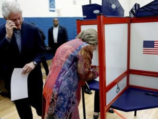 hillary-clinton-voting1