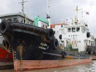 ship-carring-oil