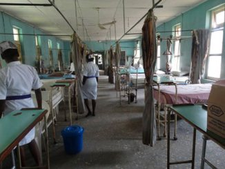 nigerian-hospital-clinic-nurses-patients