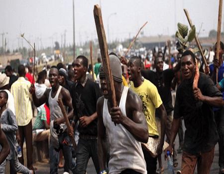 Residents scamper to safety, clash in Ibadan, Violence mars Magama/Rijau, Policeman shot dead in Ekiti, electoral, violence, DPO, Insurable violence