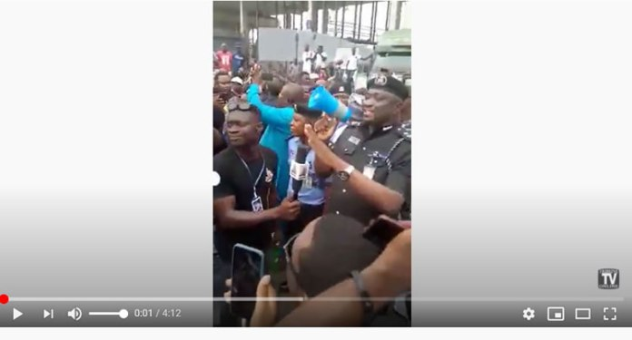 protesters at lagos ports