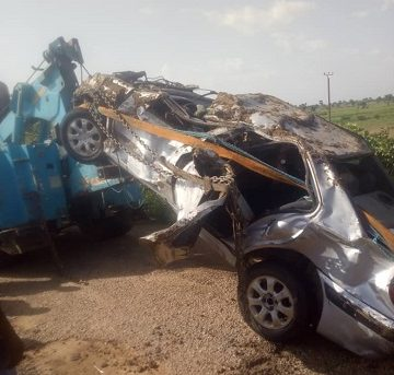 2 killed as vehicle plunges