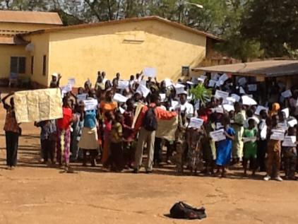 Sotouboua-Togo_Prayer-Walk-Nov29-2014-Ebola-06