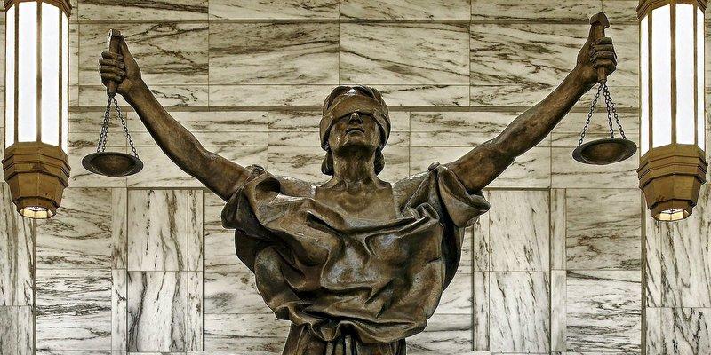 goddess-lady-justice-statue