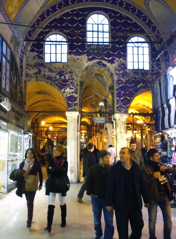 THE COVERED FEAST: Drawing in the Grand Bazaar (2/6)