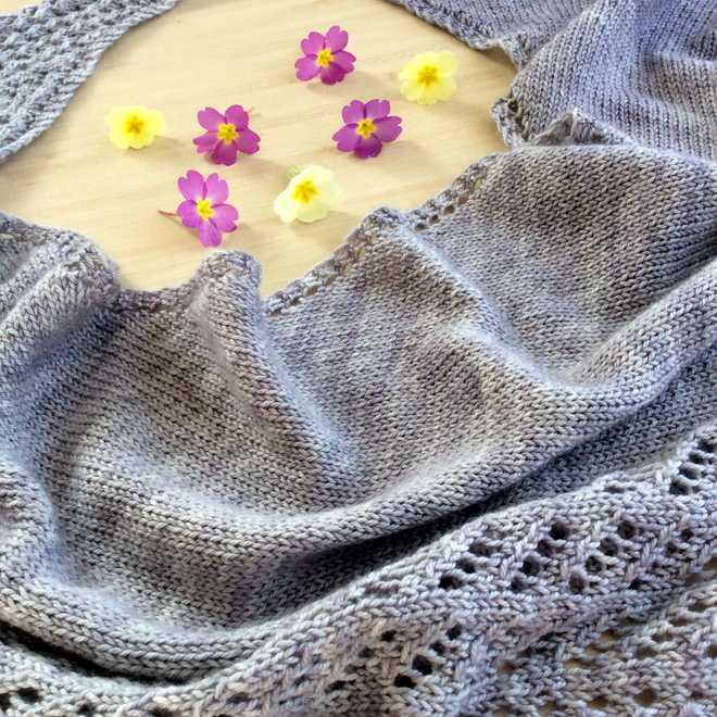 Kettricken dentelle tricot