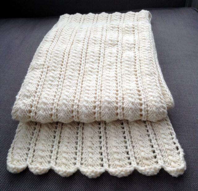 écharpe blanche pour l'hiver