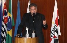 Casares diz esperar reação imediata e postura diferente  contra o Coritiba