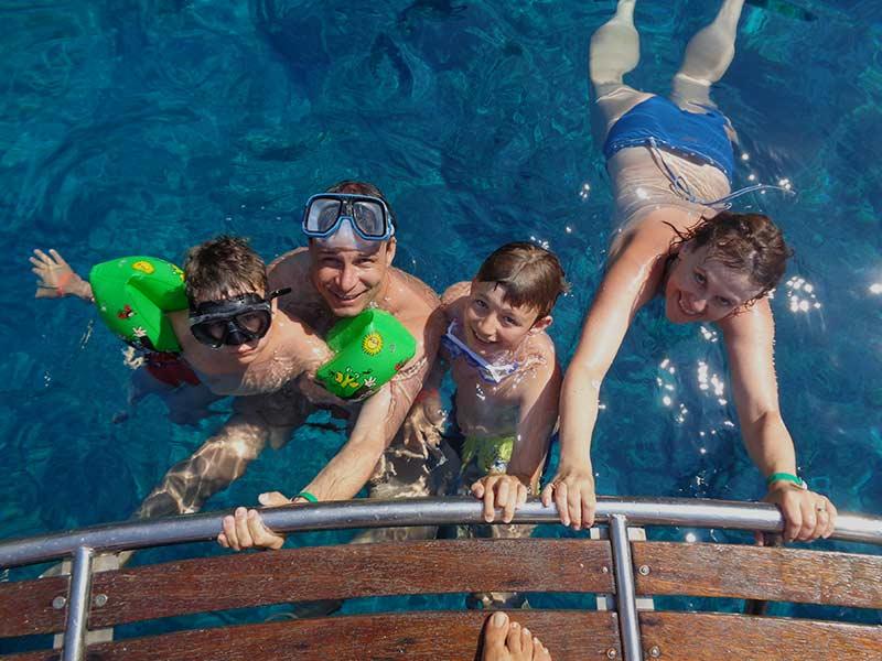 Trident Speedboat Cruises - Blue Lagoon