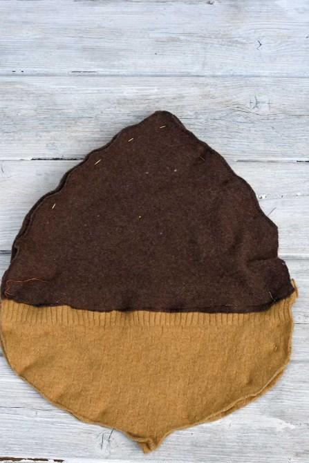 подушка из свитера фото 2