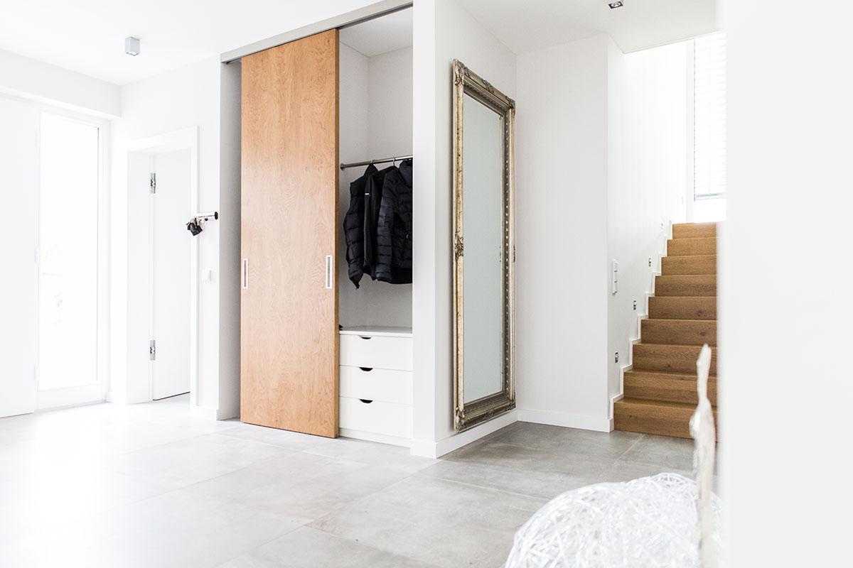 garderobenschrank mit schiebet r spiegelschrank mit. Black Bedroom Furniture Sets. Home Design Ideas
