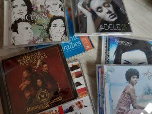 Pile CD tri konmari