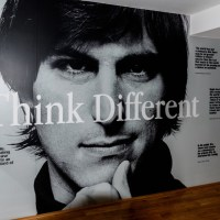 [THĐP Translation™] LSD và Cần sa có phải là bí mật kiếm tiền tỉ của Steve Jobs?