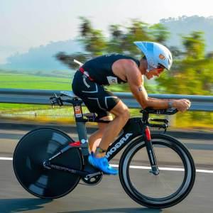 Best Aero Triathlon Helmets Reviews