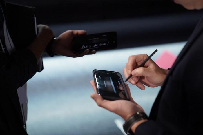 4 Fitur Andalan di Galaxy S21 Ultra versi Ernest Prakasa untuk Urusan Bikin Video