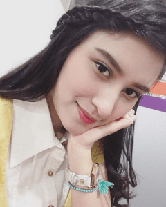 5 Artis Indonesia Berdarah India