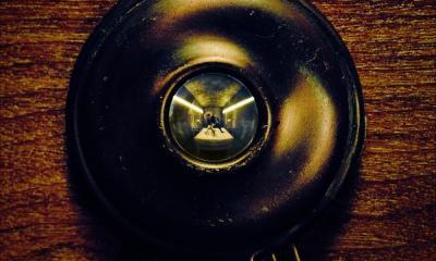 """""""American Horror Story: Hotel"""" estreia em outubro e tem inspiração no caso Elisa Lam"""