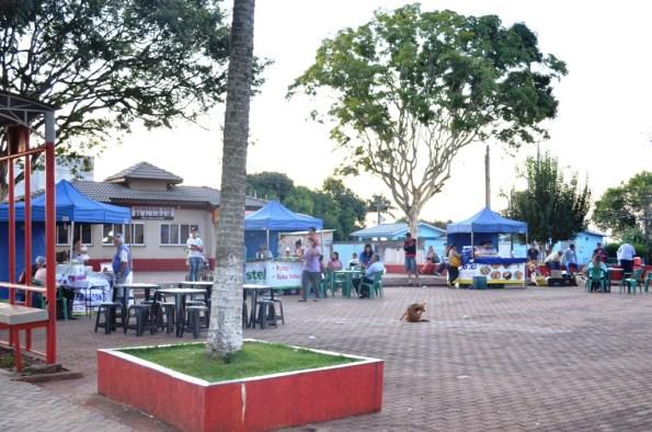 Feira em Altamira do Paraná