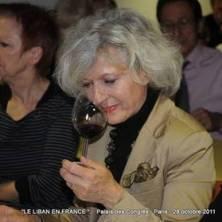 """Journalistes du vin en plein """"travail"""" de dégustation...."""