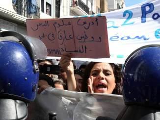 De l'Algérie à l'Irak, comment fonctionne la corruption