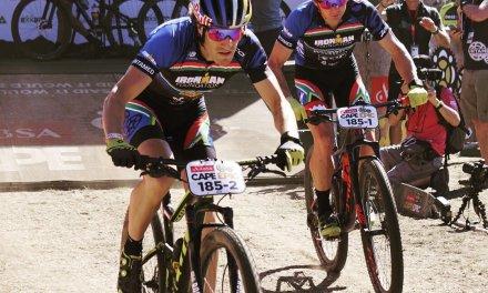 Sebastian Kienle y Ben Hoffman terminaron la Cape Epic superando a ciclistas profesionales.