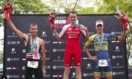 Alistair Brownlee y Agnieszka Jerzyk logran la victoria en el Ironman 70.3 Liuzhou.