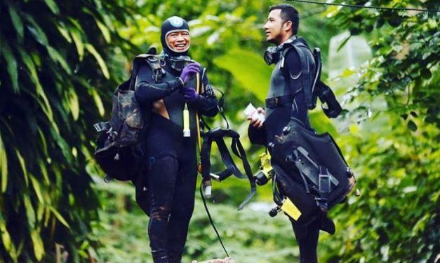 Practicaba triatlón el buzo que falleció en el rescate de niños tailandeses atrapados en una cueva.