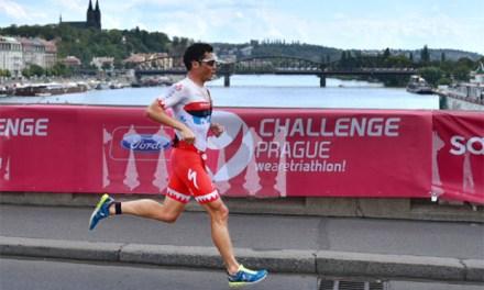 Javier Gomez gana de nuevo en media distancia al conquistar el Challenge Praga.