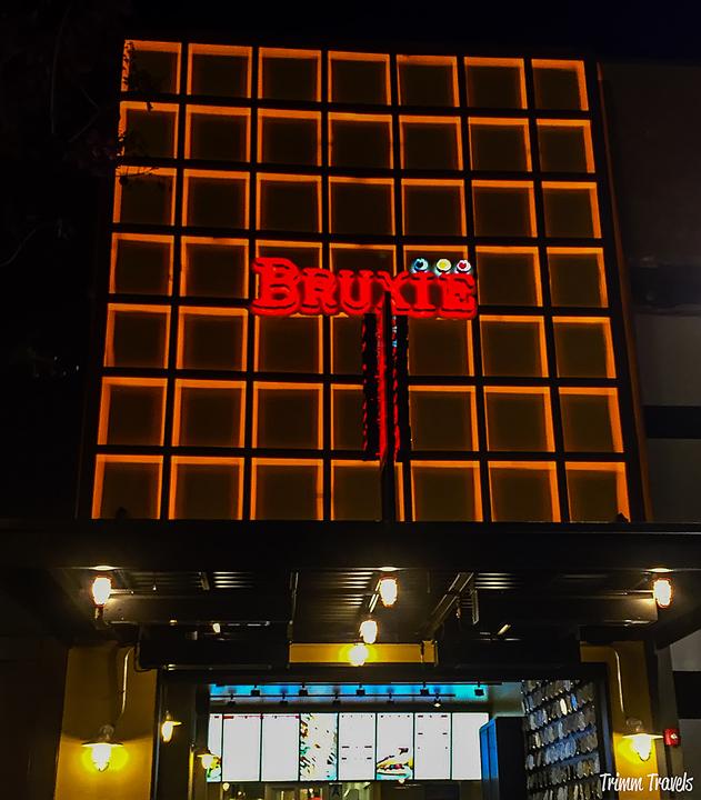 Exterior nighttime shot of Bruxie in Santa Monica Los Angeles California