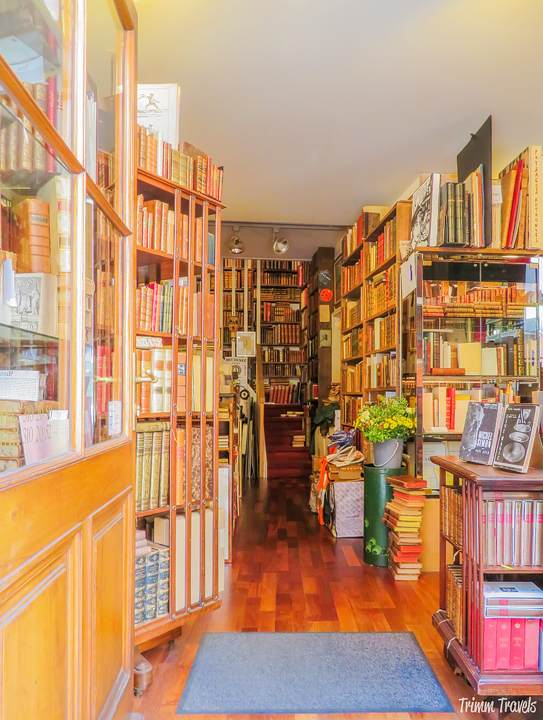 Bookstore in Old Town Geneva