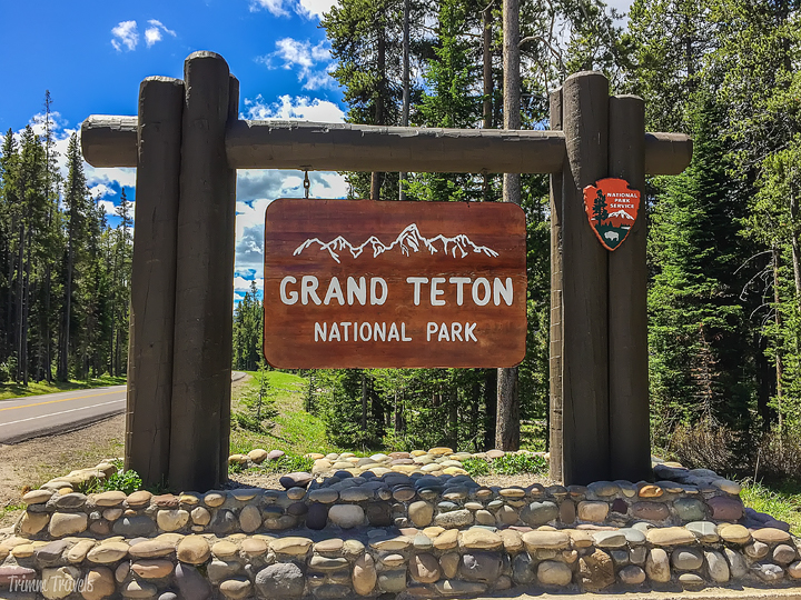 grand teton national park entrance sign-best time to visit yellowstone