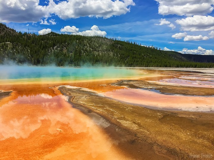 grand prismatic in yellowstone