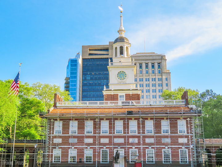 The City of Brotherly Love is quite...well, lovable! With endless amounts of things to do, Philly will pique your interest and keep you on your toes. But, when should you go? Use this guide to find out the best time to visit Philadelphia and see these 25 attractions! #philadelphia #philly #pennsylvania #usa #visitphilly #whentovisit #besttimetovisit #attractions #thingstodo #placestosee #destinations #travel #guides #tips