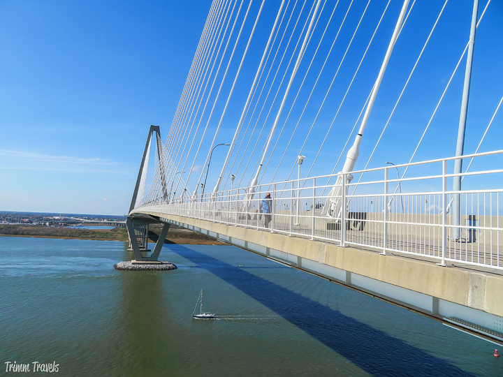 You've come to the right place if you are a bridge lover like me. Join me as I take you on a tour of famous bridges you must see around the world! #bridge #bridges #famous #attractions #europe #usa #canada #southamerica #mustsee #destinations #travel