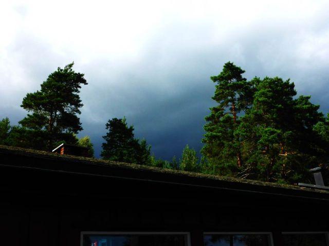 truende skyer1