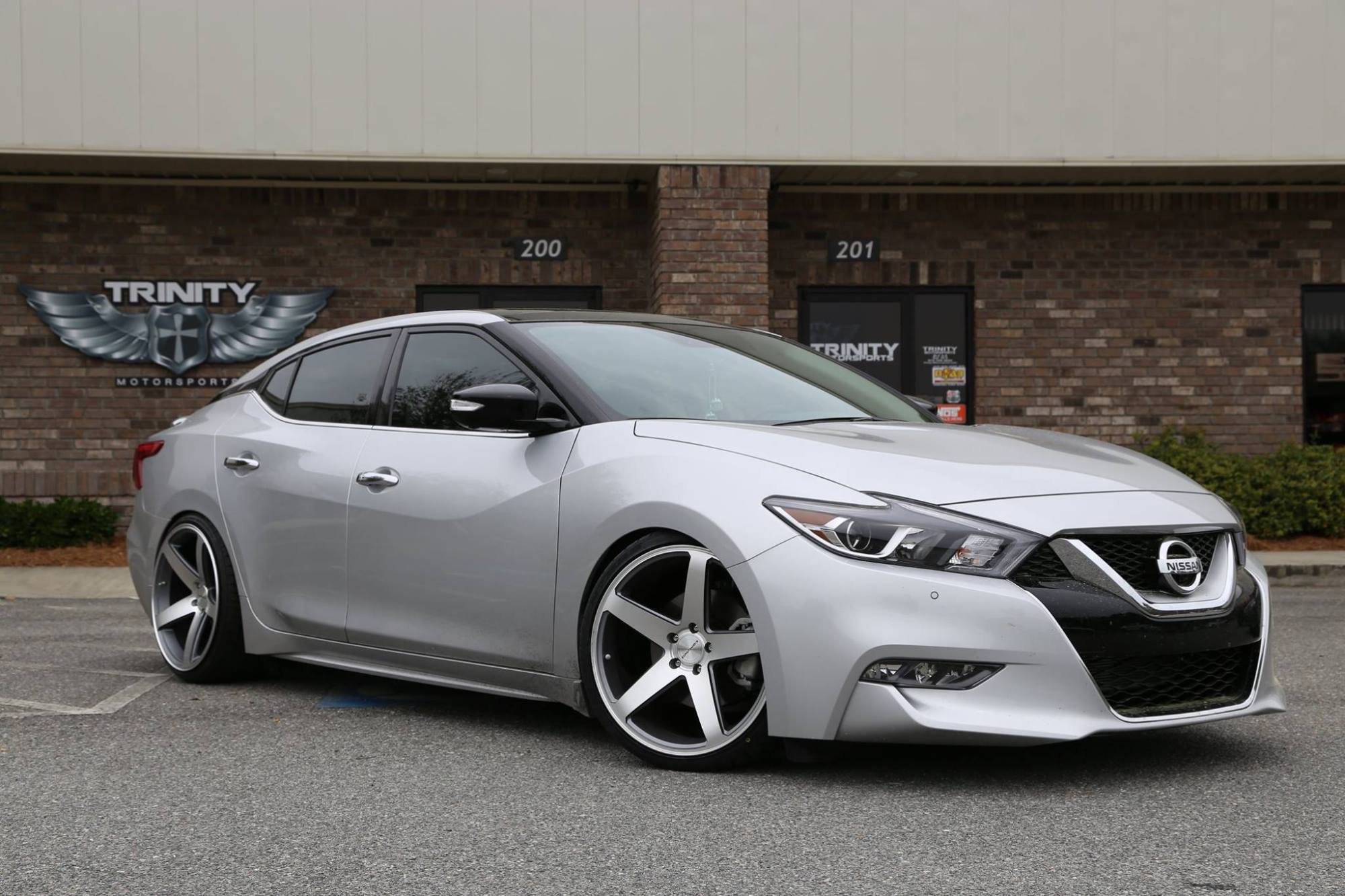 hight resolution of lowered 2016 nissan maxima concavo wheels