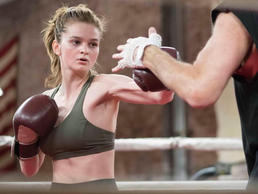 girl-boxing