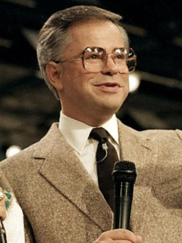 Jim Bakker Recovers From Stroke, His Comeback Dreams on Hold