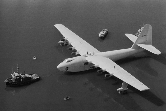 Images d'archives de l'avion géant en bois (33 photos)