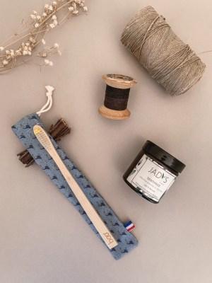 Pochette brosse à dents de la collection Homme - Coloris 5 -Trinquette Artisanat.