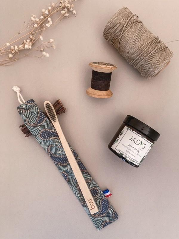 Pochette brosse à dents de la collection Homme - Coloris 3 -Trinquette Artisanat.