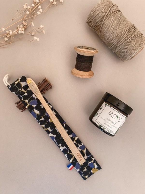 Pochette brosse à dents de la collection Homme - Coloris 2 -Trinquette Artisanat.
