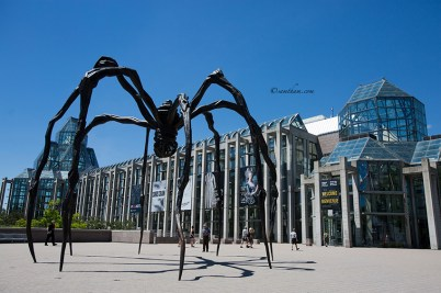 National Gallery of Canada with huge gigantic sculpture