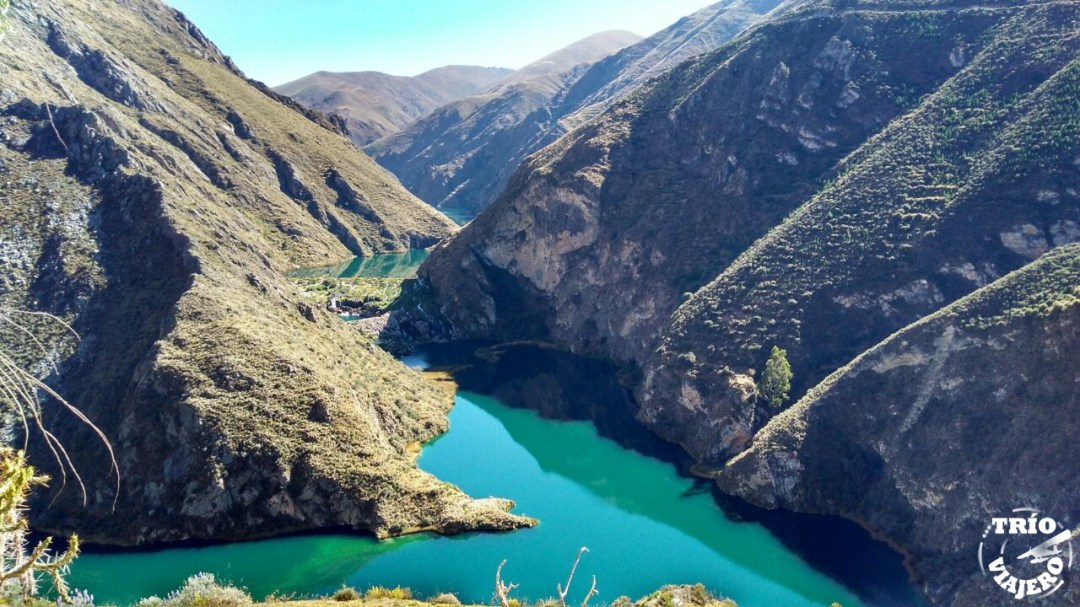 Laguna de Huallhua (Huancaya - Perú)
