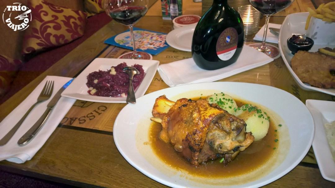 Ratskeller - restaurante bávaro (Múnich - Alemania - Europa) ⋆ Trio Viajero