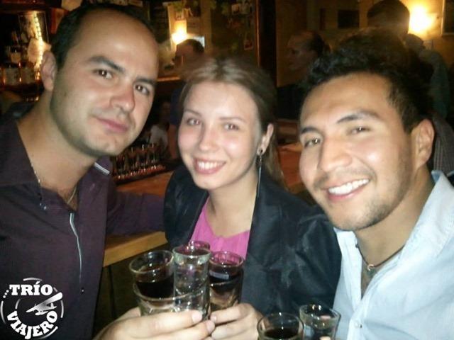 chuck_norris_trio_viajero