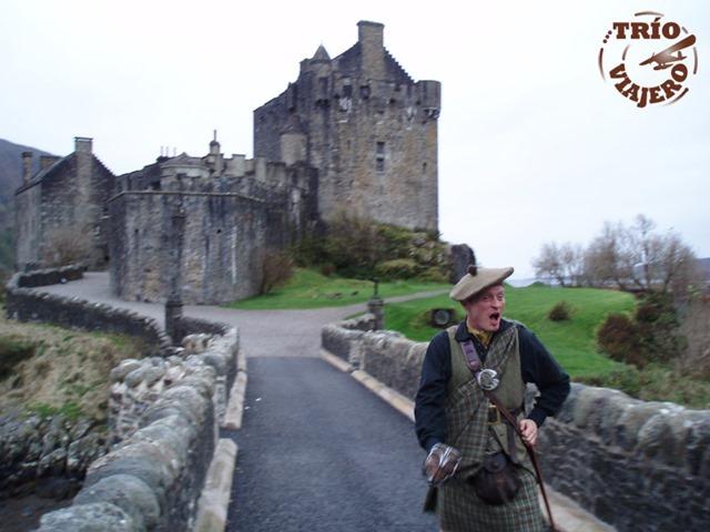Escocia_Castillo_Eilean_Donan_Highlander