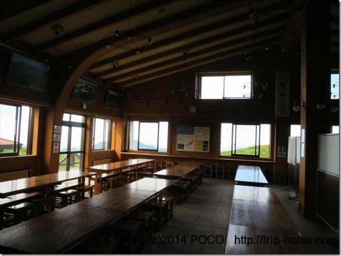 室堂ビジターセンターの食堂