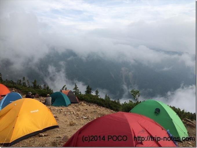 冷池山荘のテン場からの眺望