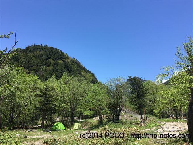 横尾山荘のテン場
